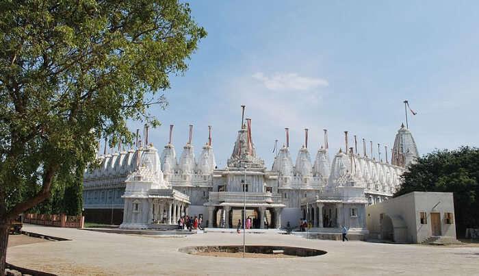 Jain Temples in Mandvi