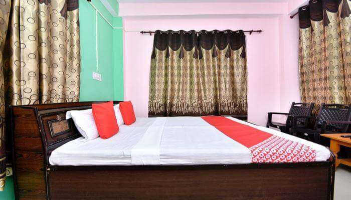 KY Home Stay bed