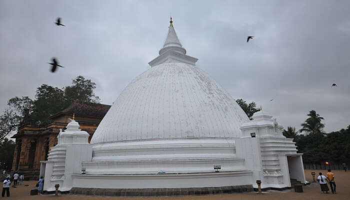Dome Structure Temple in Peliyagoda