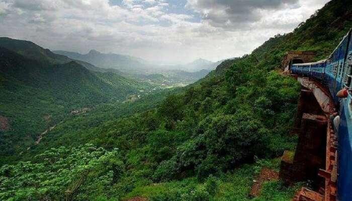 Lambasingi Hills