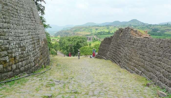 Mandu Hill