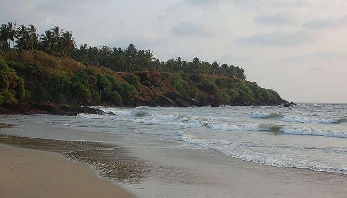 Meenkunnu beach kannur