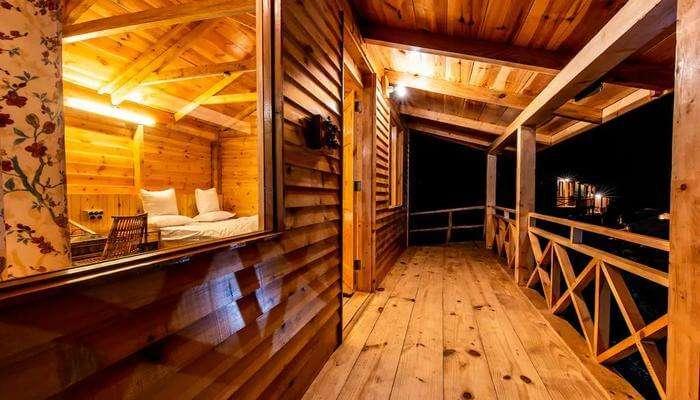 Mid Conifer Log Huts