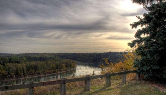 North Saskatchewan River edmonton1
