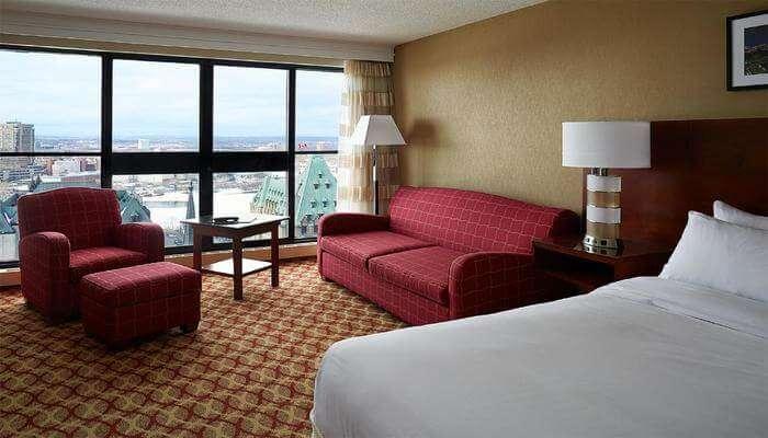 Ottawa Marriott Hotel room