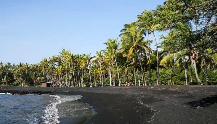 Punaluu Beach, Hawaii