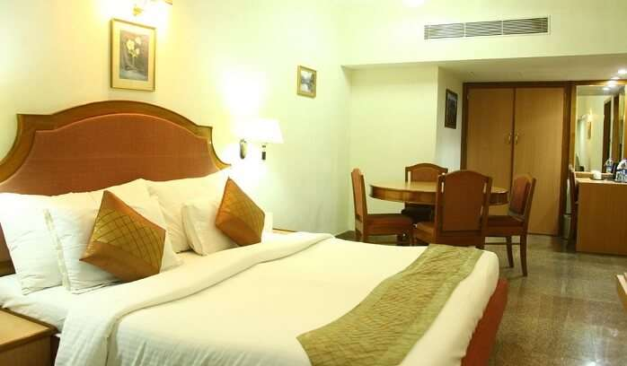 premium business-class hotel