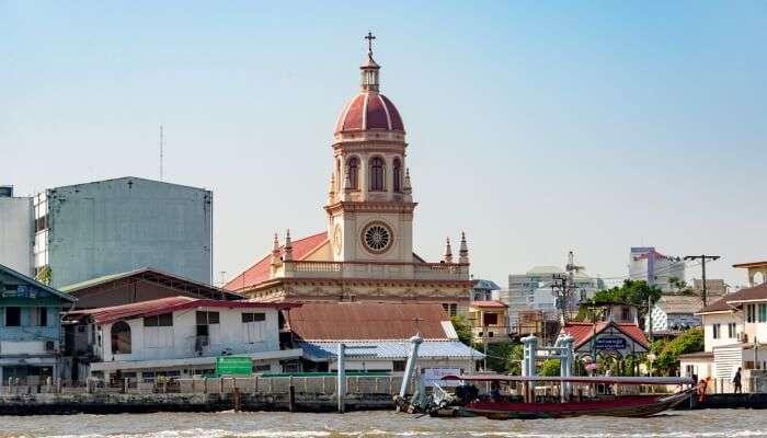 beautiful churches in Bangkok