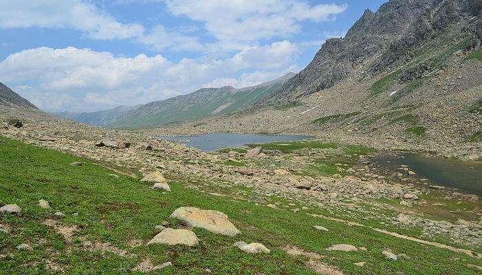 Satsar Lake