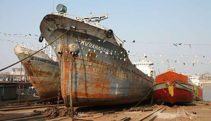 Shipyards in Mandvi