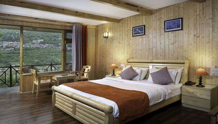 Shobla Pine Royale room