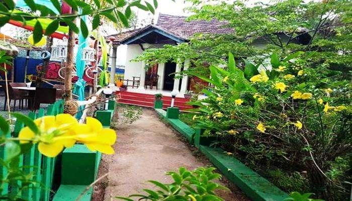 Sreenivasa Homestays