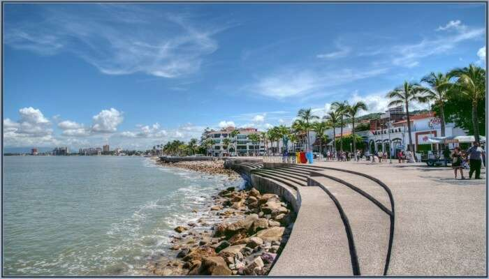 Stroll at El Malison Beach