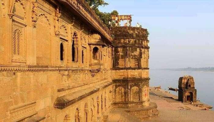 Tilbhandeshwar Temple