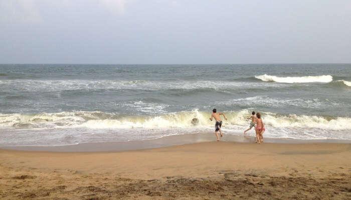 Vakkad Beach View