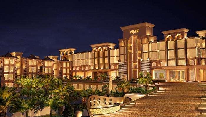 Vijan Mahal Hotel