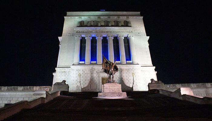 War Memorials - Pay Respect To War Veterans