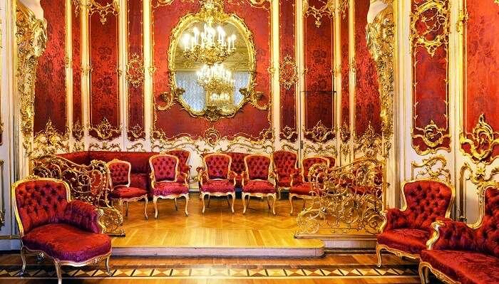 Alexandra Feodorovna's favorite room (Mauve Boudoir)