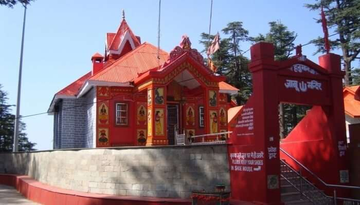 temple in kufri