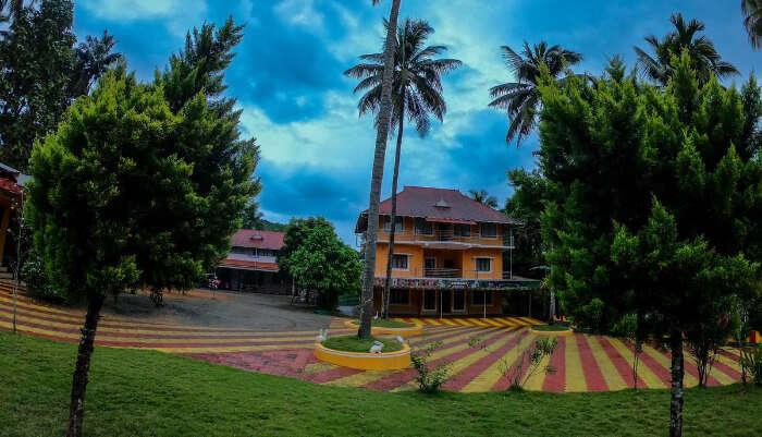 Beautiful Garden Resort