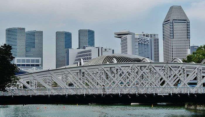 iconic bridge in Singapore