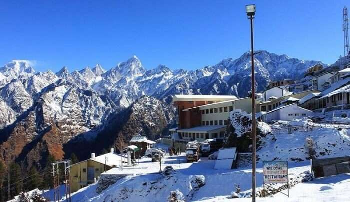 the stunning mountain view of Auli