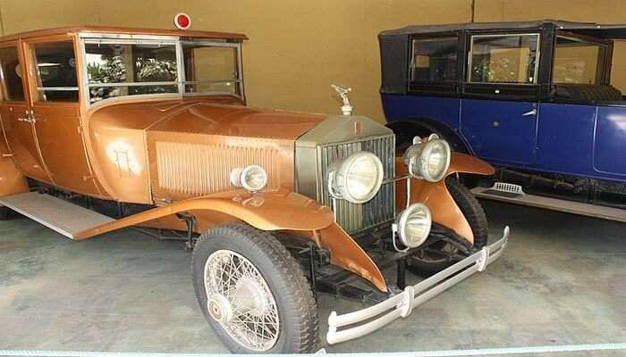 antique vehicles