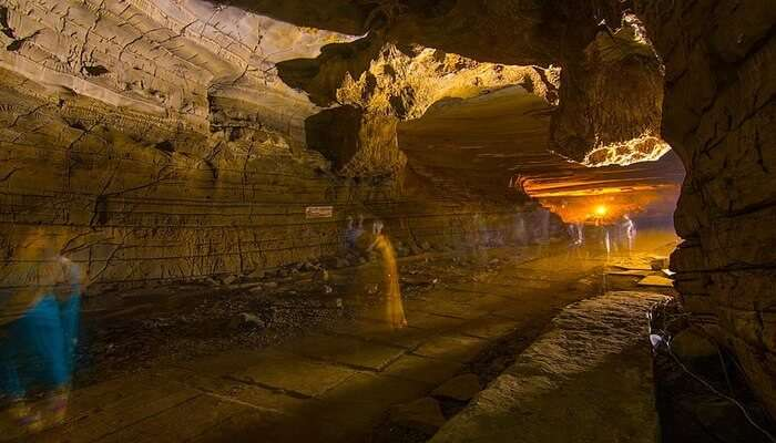 longest caves to crown