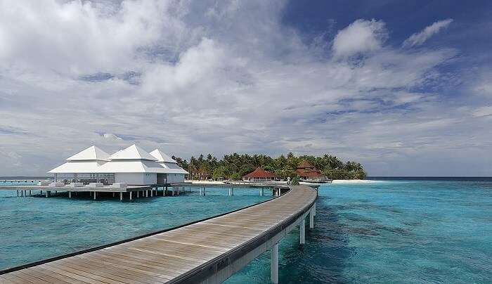 explore maldives