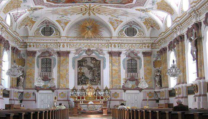 most famous churches in Munich