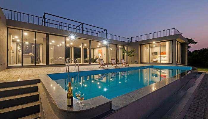 Casa Lake View Villa