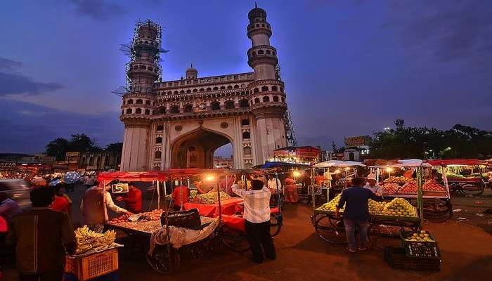 Charminar Sunday Market