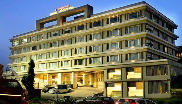 one of the most luxurious hotels in Nathdwara