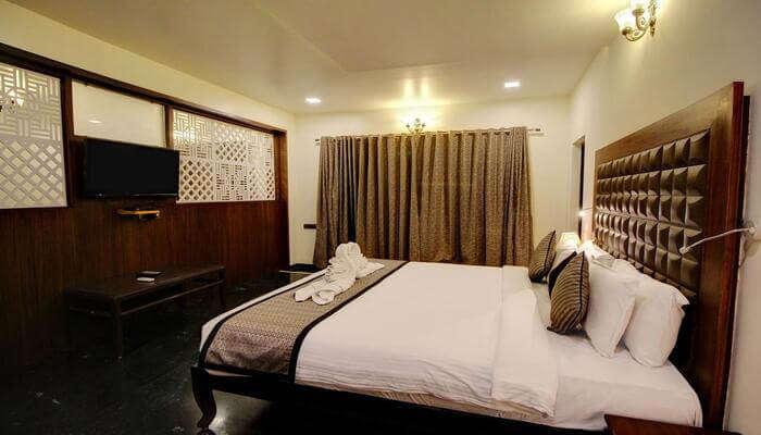 Daman Ganga Valley Resort