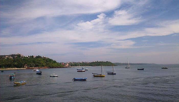 Dona-Paula-Beach1
