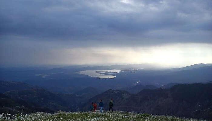 Enjoy Trekking To Ganji Pahari, Dalhousie