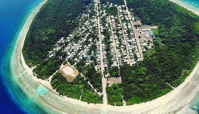 Feydhoo Island