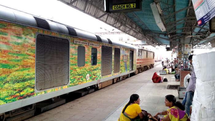 A train to jaipur