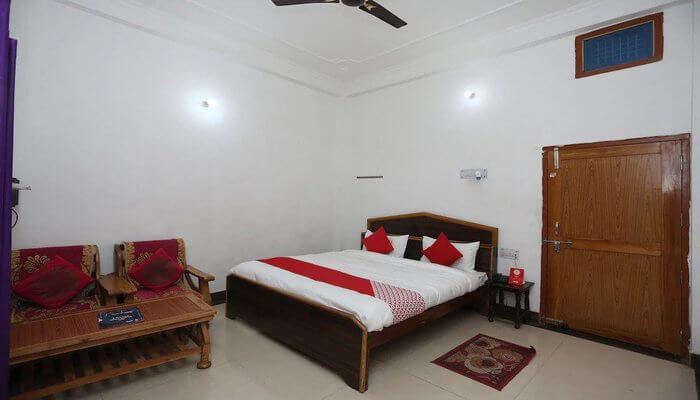 Hanumant Palace