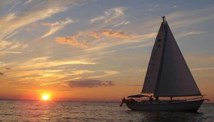 Beautiful Hervey Bay Sunset Cruise