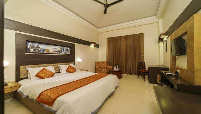 Hotel HR Palace