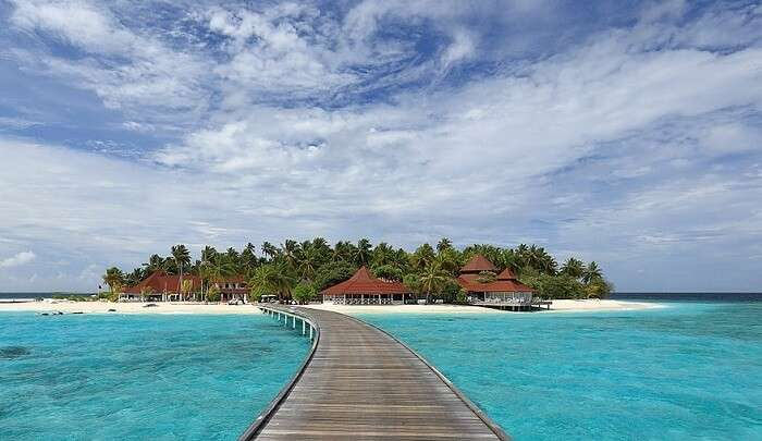 enjoy staying in paradise of maldives