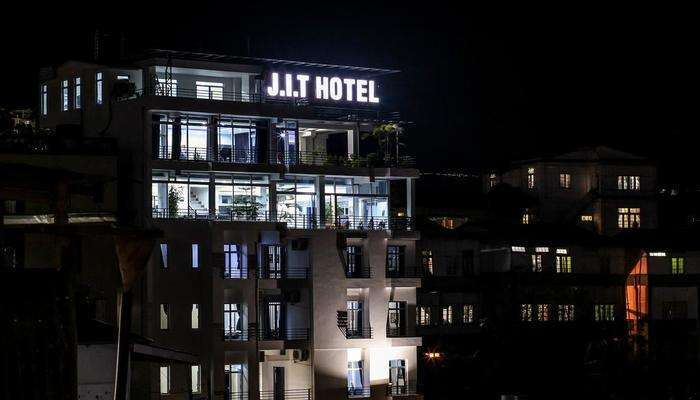 J.I.T Hotel