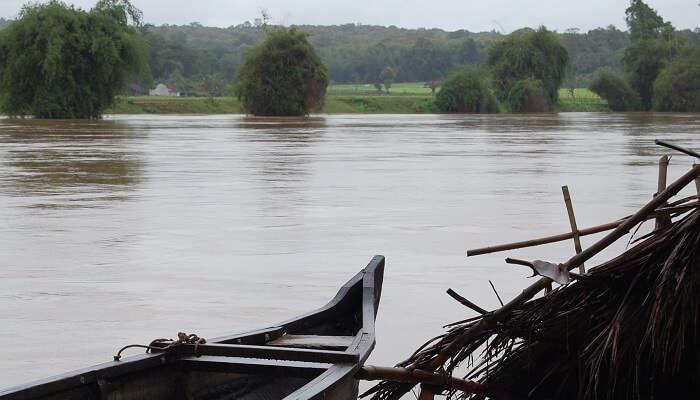 Kabini River dipping