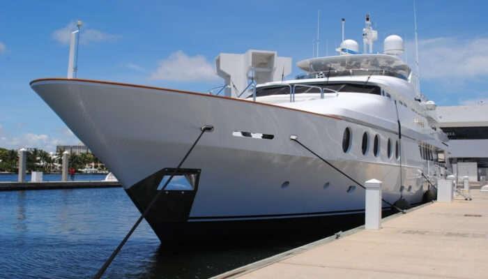 Awesome Kookaburra Showboat Cruises
