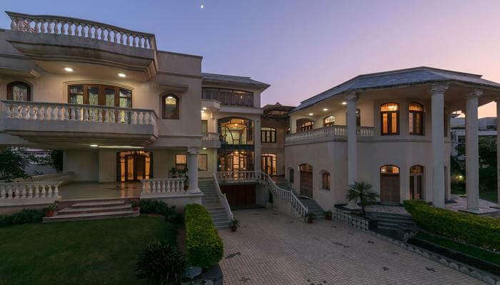 Krishnalaya Mansion by Vista Rooms