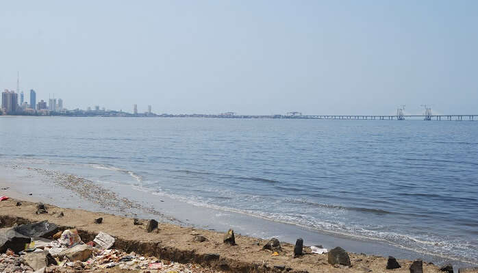Mahim beach is most popular as sunset point