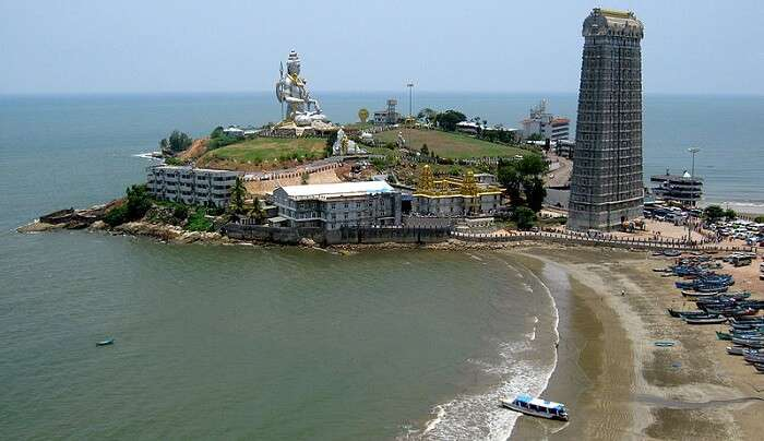 temple surrounded by arabian sea