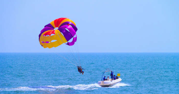 Parasailing In Goa view og