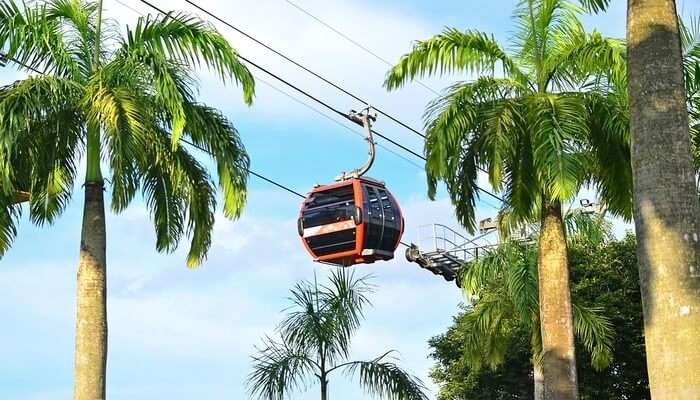 Ride In The Singapore Cable Car